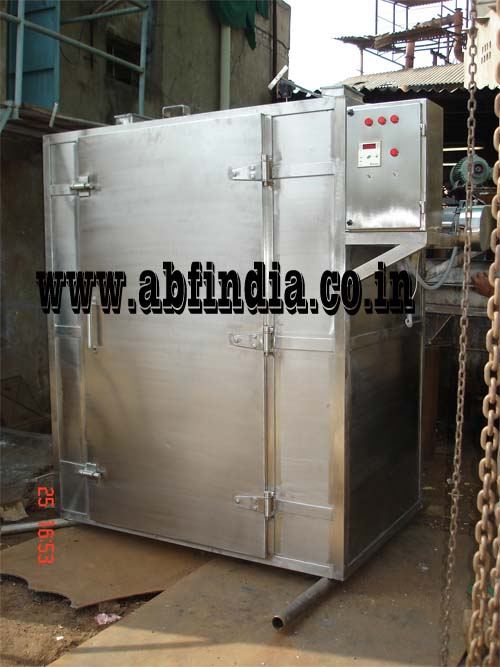 pharmaceutical tray dryer